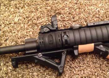 MAGPUL AFG2 mounting system